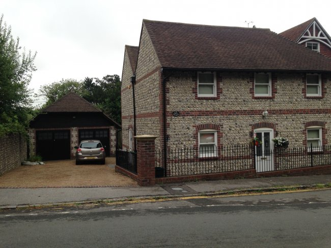 2 bedrooms, Mill Street, BN1 9PE