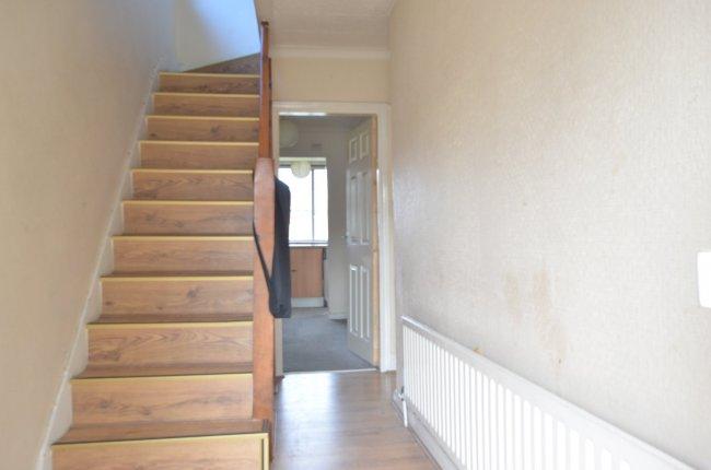 3 bedrooms, Rosehill Gardens, UB6 0LD